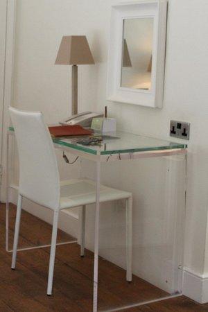 Barnsley House: Tiny Writing Desk
