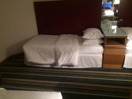 Sheraton Frankfurt Airport Hotel & Conference Center : letto singolo