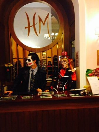 Metropole Hotel : Halloween 2013 - Dei portieri speciali