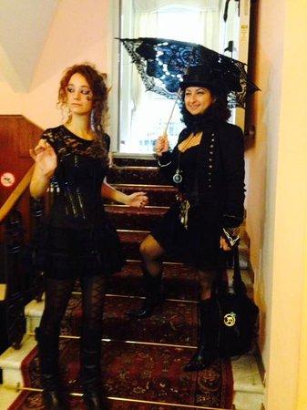 Metropole Hotel: Halloween 2013- Special Ospiti