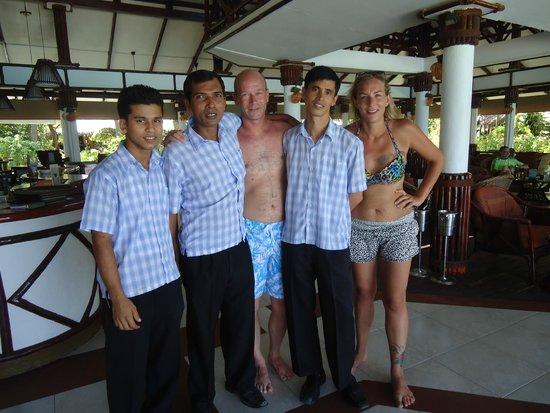 Velidhu Island Resort : L'équipe du bar
