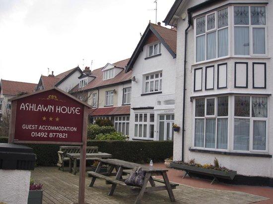 Ashlawn House: a mark