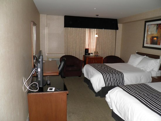 Sandman Hotel Calgary Airport : RM 102