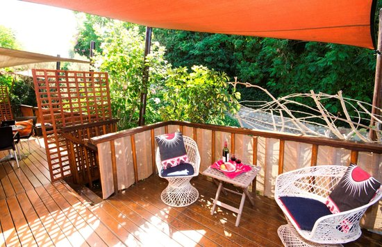 9 on Heron Knysna Bed & Breakfast: Enjoy greenery and birdsong, just outside your room