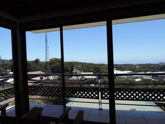Ficus Sunset Suites Hotel : Cristalera con vistas panoramicas al lago