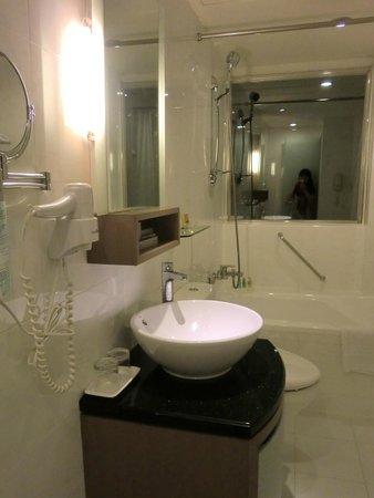 Tokyo International Hotel : バスルーム