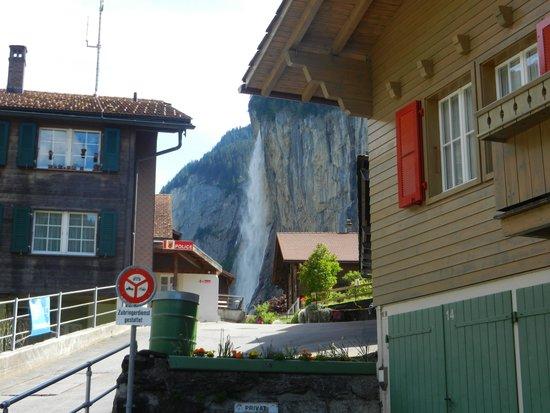 Hotel Silberhorn: main street (only road)