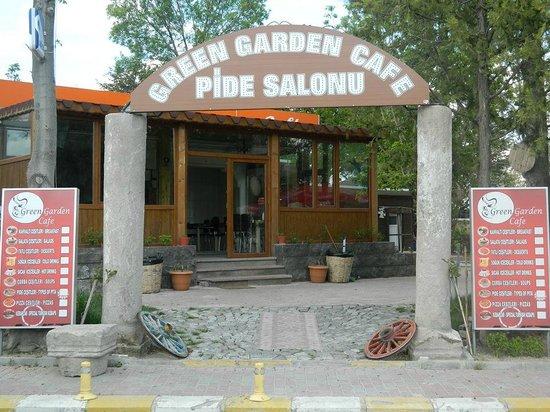 Green Garden Cafe: griş2