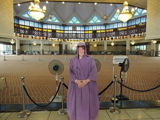 National Mosque (Masjid Negara): Ik in de moskee
