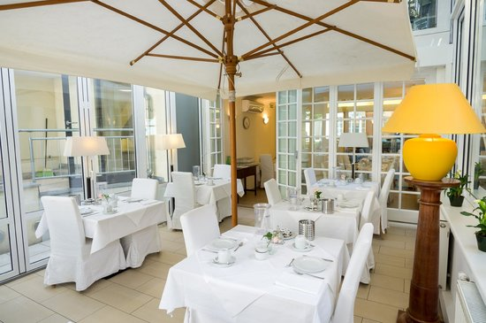 Hotel SPIESS & SPIESS Appartement-Pension: Breakfast Room / Conservatory