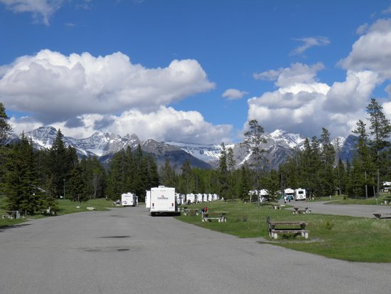 Tunnel Mountain Village II Campground : Mountain Tunnel II (from B17)