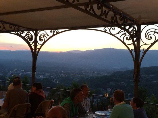 L'amandier de Mougins : View from the top terrace