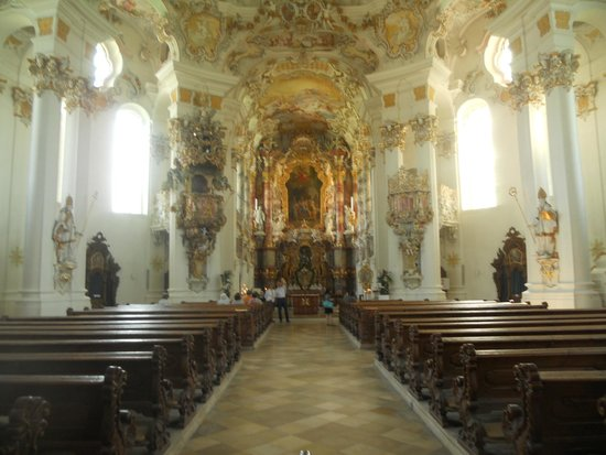 Wies church: view of the choir from the rear of the church