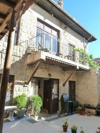 Ali Bey Konagi: Balcony & windows from the upper bedrooms