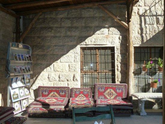 Ali Bey Konagi: Terrace