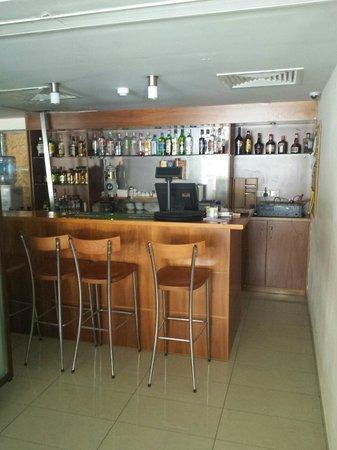 Mariandy Hotel: бар