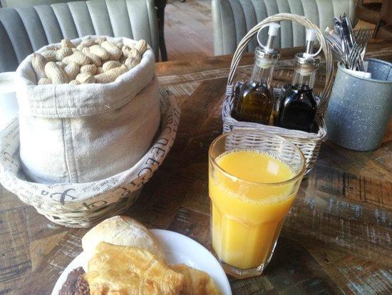 LOFT Hotel Bratislava: breakfast