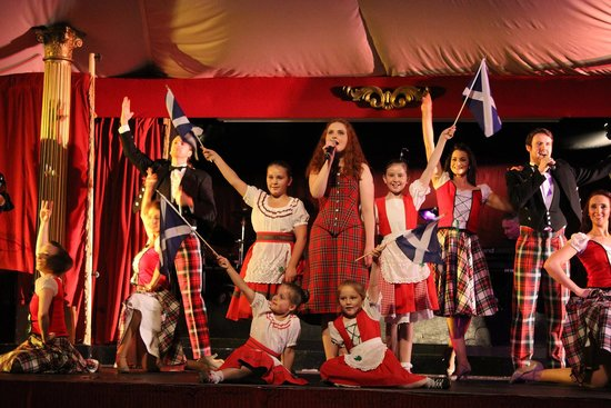 Taste of Scotland Scottish Show: Cast finale in the first half featuring The Wee Highlanders