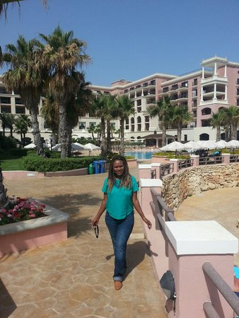 The Westin Dragonara Resort, Malta : Beautiful hotel and pools