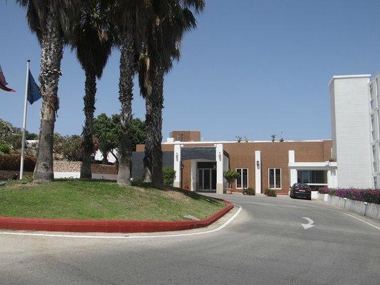 Mellieha Bay Hotel: main entrance