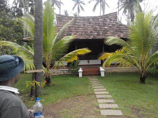 Club Mahindra Cherai Beach : Cottage room