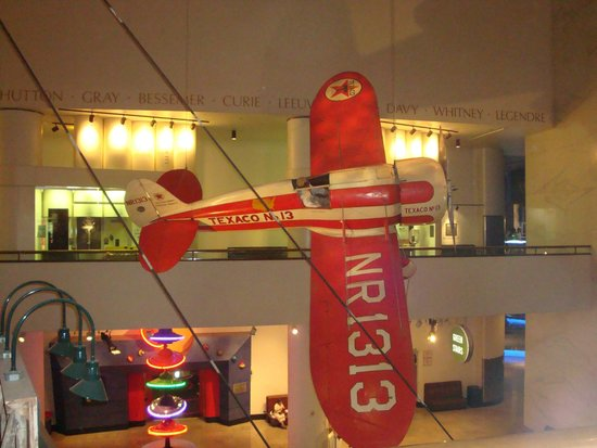 Museum of Science and Industry: Airplanes from the cieling