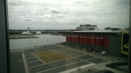 Aloft London Excel: View from the 6th Floor