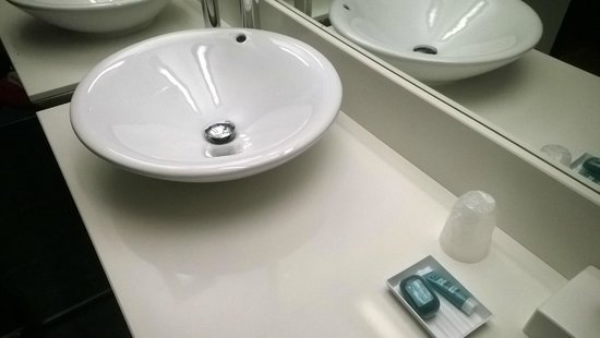 Aloft London Excel : Vessel Bowl Sink in Bathroom