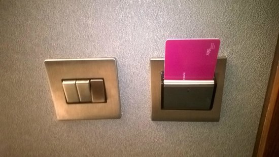 Aloft London Excel : Card Key used to activate lights in room