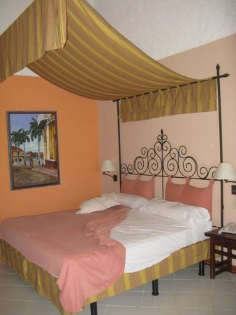Hotel Colonial Cayo Coco : Une autre chambre