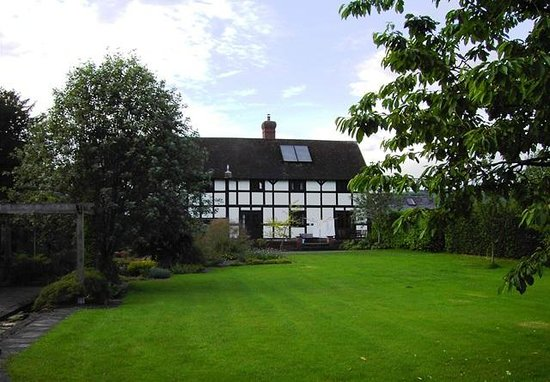 Middlemoor Barn: view from the garden