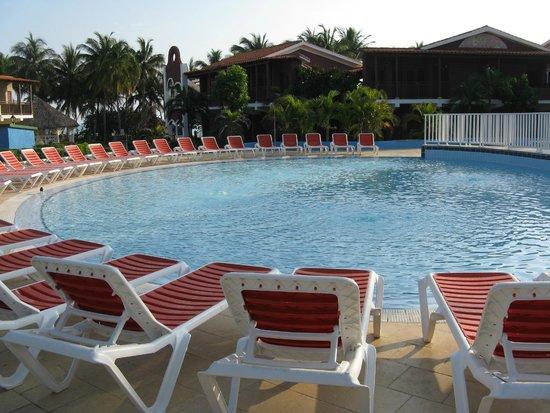 Hotel Colonial Cayo Coco : Piscine d'eau douce