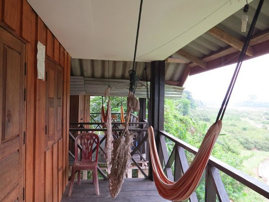 Phetdavanh Guesthouse & Bungalows: Balcon