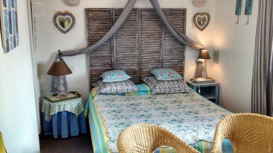 Hotel les Embruns : Our room