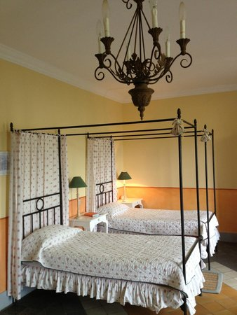 Hostellerie Chateau des Fines Roches: Room 'Magali'