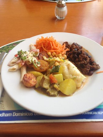 Viva Wyndham Maya - An All Inclusive Resort : Lunch, lots of options