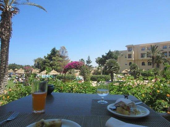Royal Kenz Hotel Thalasso & Spa : Beau vue!!