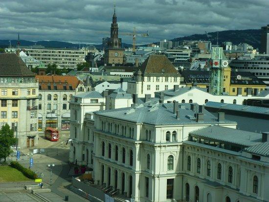 Thon Hotel Opera : Panorama dalla camera verso il duomo