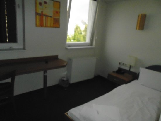 Hotel Ambiente Berlin City: Single room - 4th floor