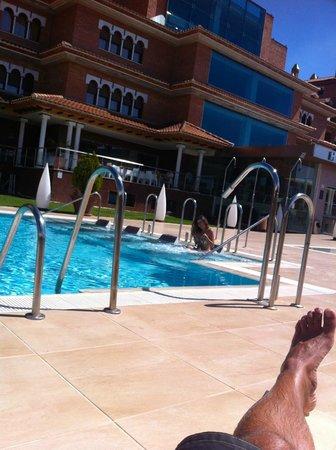 Hotel Granada Palace: Vista desde la piscina