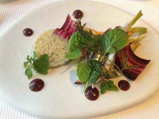 La Table de Chaintré : Le tourteau de Bretagne et une tartine d'anchois