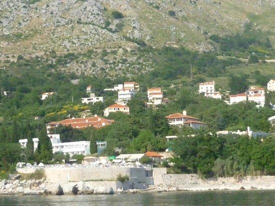 Villas Plat : complex gezien vanaf zee