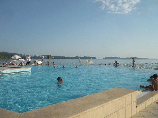 Villas Plat : prachtige zwembad met zout water