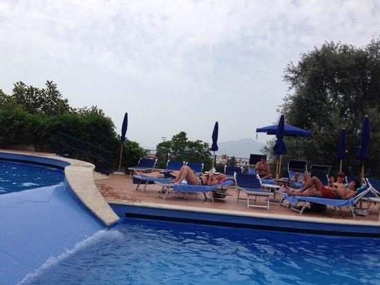 Hilton Sorrento Palace: Wave pool