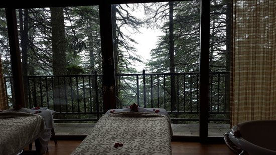 Wildflower Hall, Shimla in the Himalayas: SPa pavillioin