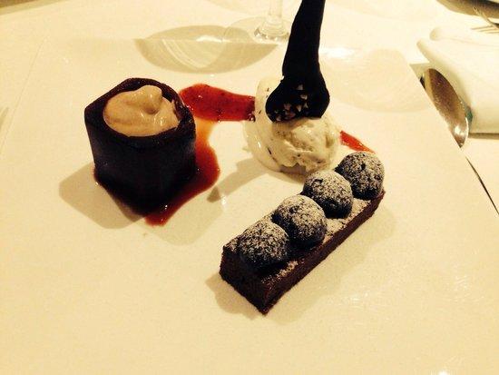 Restaurante S'Ametller: Cerezas en texturas