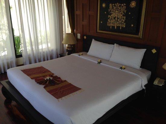 Q Signature Samui Beach Resort : ベッド