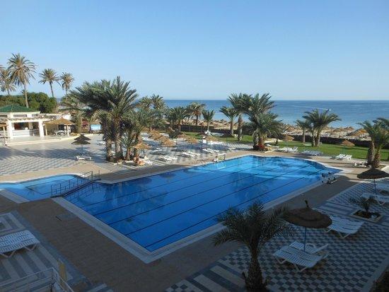 Diana Beach Club : Espace piscine