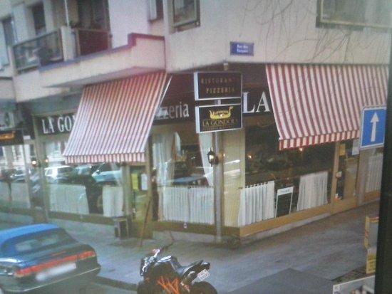 La Gondola : fachada del retaurate