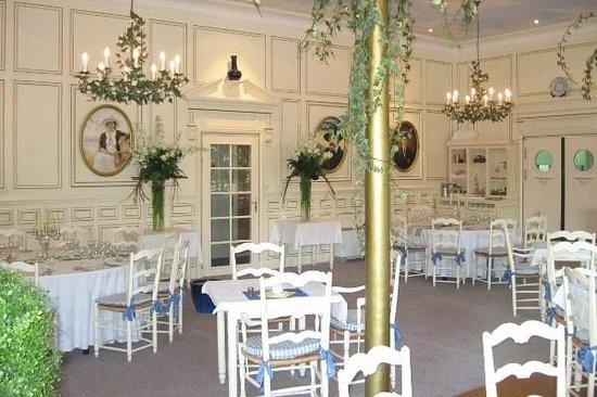 Les Loges du Parc & Spa : salle du petit déjeuner